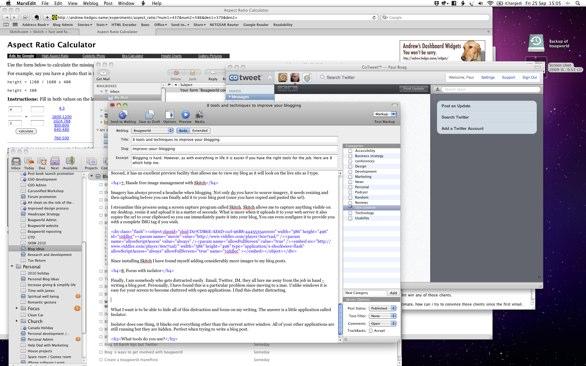 Screen capture of my cluttered desktop